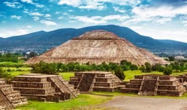 Piramidy w Teotihuacan